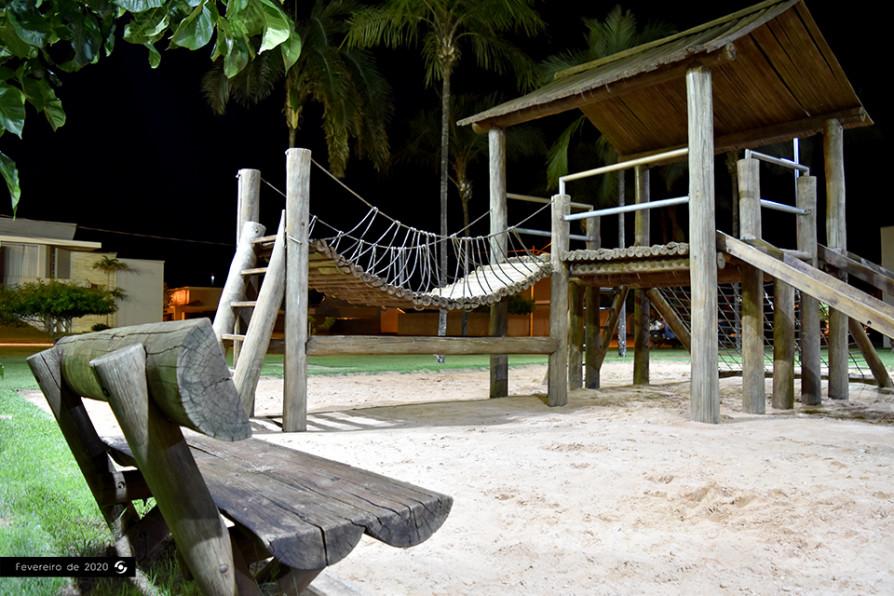 Playground Noite